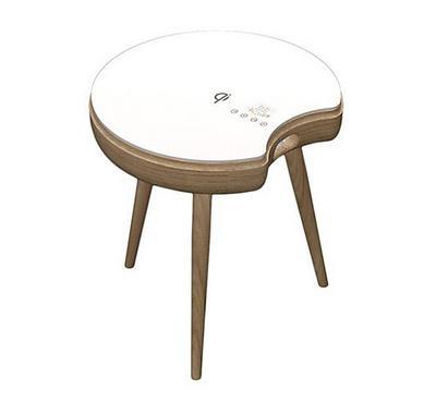 طاولة جانبية ذكية